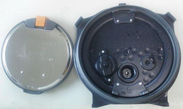 象印の炊飯器の内蓋